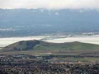 Zoom to North Red Hill and Dumbarton Bridge